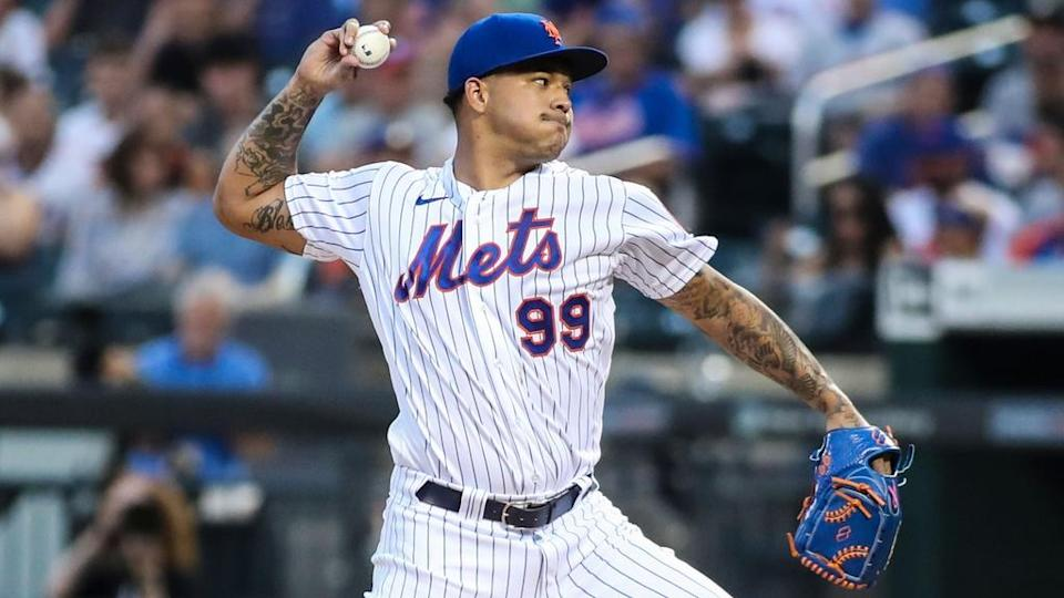 Aug 25, 2021; New York City, New York, USA; New York Mets pitcher Taijuan Walker (99) pitches in the first inning against the San Francisco Giants at Citi Field.