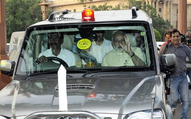 PM Narendra Modi to shun red beacons in government's big crackdown on VVIP culture
