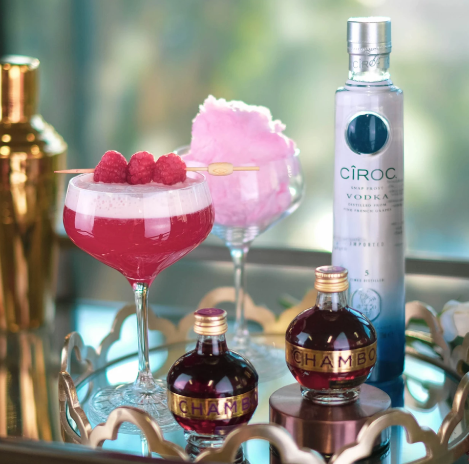 French Martini cocktail kit from Cocktail Porter