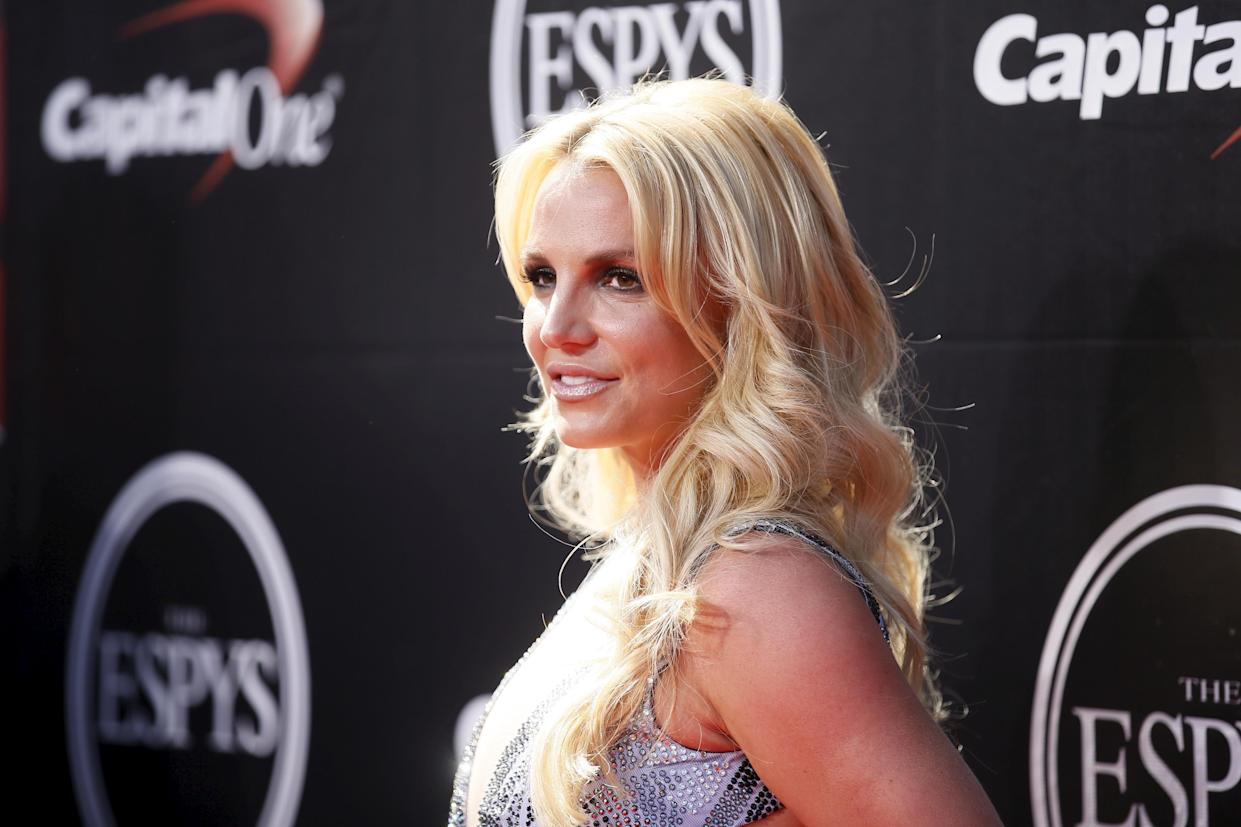 Lynne Spears sides with daughter Britney Spears in latest court filing over conservatorship. (Reuters)