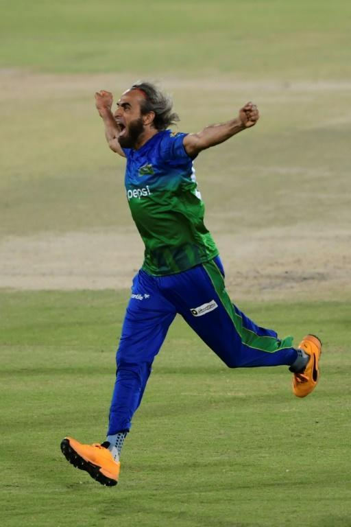 Imran Tahir is famous for his exuberant wicket-taking celebrations (AFP/Asif HASSAN)