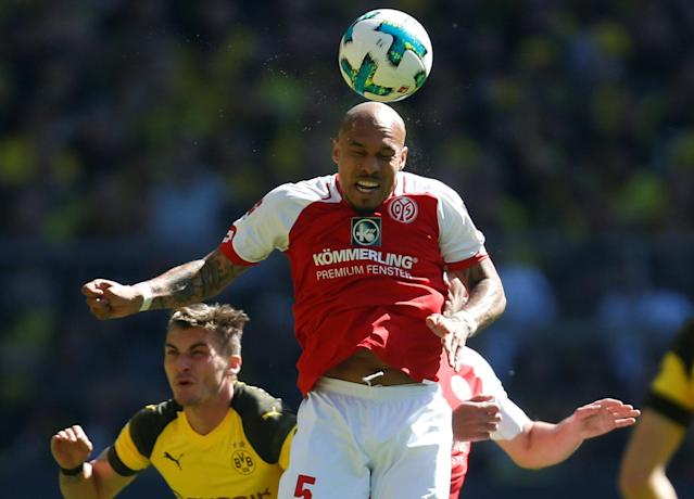 Soccer Football - Bundesliga - Borussia Dortmund vs 1.FSV Mainz 05 - Signal Iduna Park, Dortmund, Germany - May 5, 2018 Mainz's Nigel de Jong in action REUTERS/Leon Kuegeler DFL RULES TO LIMIT THE ONLINE USAGE DURING MATCH TIME TO 15 PICTURES PER GAME. IMAGE SEQUENCES TO SIMULATE VIDEO IS NOT ALLOWED AT ANY TIME. FOR FURTHER QUERIES PLEASE CONTACT DFL DIRECTLY AT + 49 69 650050