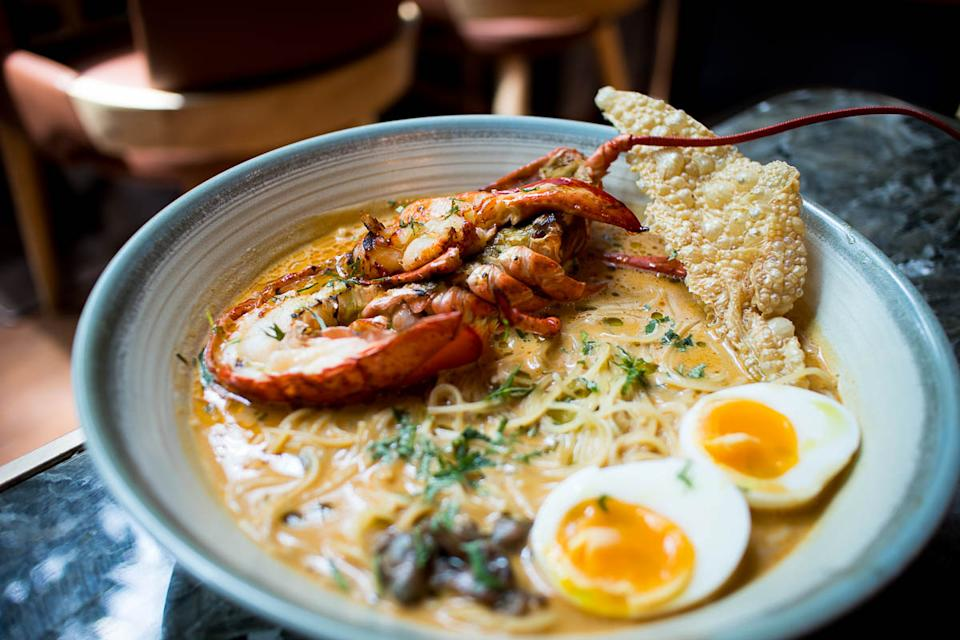 Boston Lobster Coconut Laksa (PHOTO: Zat Astha/Yahoo Lifestyle SEA)