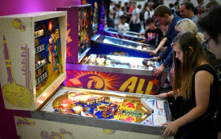Other gamers stayed away from the army's stand (AFP Photo/Ina FASSBENDER)