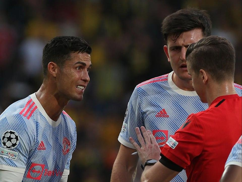 Cristiano Ronaldo remonstrates with Francois Letexier during Manchester United's defeat in Bern (Manchester United via Getty Images)