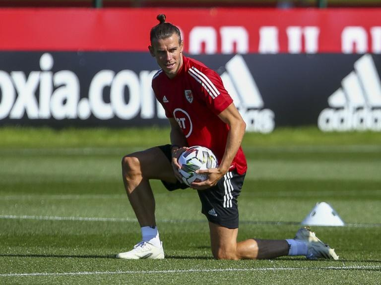 Bale accuses Real Madrid of making it 'difficult' to leave