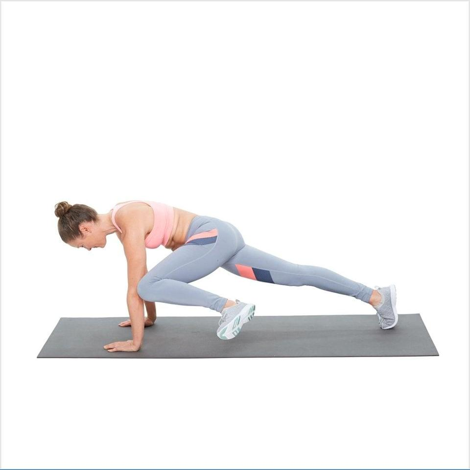 """<ul> <li>Start resting on all fours.</li> <li>With your palms flat, raise onto your toes in a high plank position. Keep your hands directly below your shoulders, feet at hips-distance apart, and core engaged. (You can also do this move in an elbow plank position, like Graham.)</li> <li>Bring your right knee to your right elbow, keeping your body in a straight line.</li> <li>Return your right foot back to the mat and repeat on the left side. </li> <li>Do as many slow, controlled reps as you can for 45 seconds.</li> </ul> <p>Related: <a href=""""https://www.popsugar.com/fitness/30-Day-Plank-Challenge-44086893?utm_medium=partner_feed&utm_source=smartnews&utm_campaign=related%20link"""" rel=""""nofollow noopener"""" target=""""_blank"""" data-ylk=""""slk:This 30-Day Plank Challenge Is Just What Your Abs Are Craving"""" class=""""link rapid-noclick-resp"""">This 30-Day Plank Challenge Is Just What Your Abs Are Craving</a></p>"""