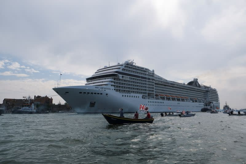 The first cruise ship of the summer season departs from Venice