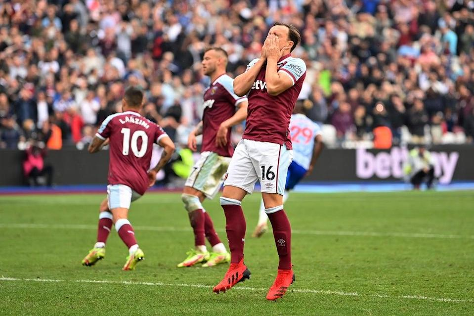 Mark Noble saw his late West Ham penalty saved by Manchester United goalkeeper David De Gea  (Getty Images)
