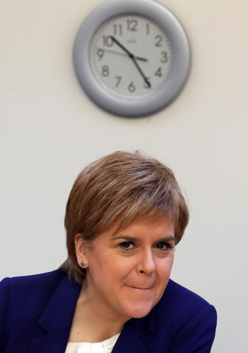 Nicola Sturgeon visita la Glasgow YWCA