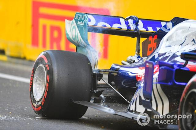 "Daniil Kvyat, Toro Rosso después de chocar en la PL2 <span class=""copyright"">Simon Galloway / Sutton Images</span>"