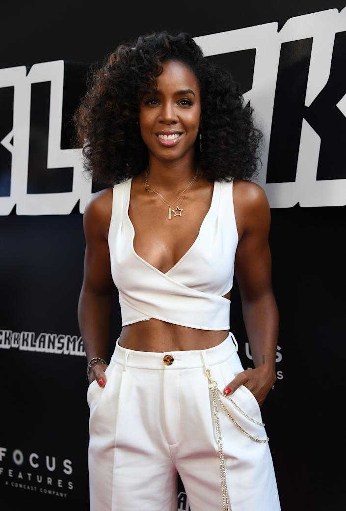 Singer Kelly Rowland arrives for the premiere of Focus Features' 'BlacKkKlansman' at the Samuel Goldwyn Theater in Beverly Hills, California on August 8, 2018. (Photo by Mark RALSTON / AFP) (Photo credit should read MARK RALSTON/AFP/Getty Images)