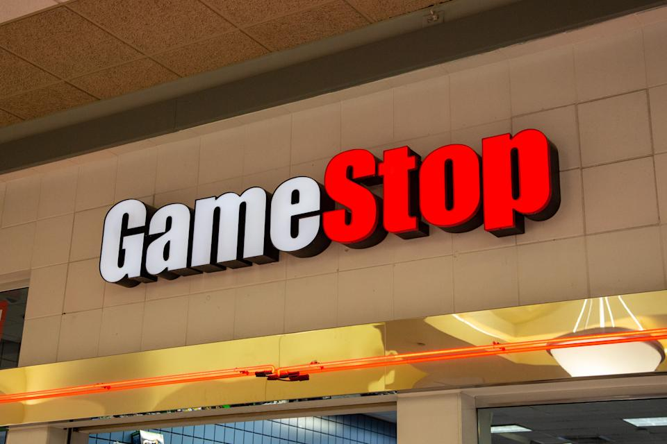 Fachada da GameStop. (Foto: Paul Weaver/SOPA Images/LightRocket via Getty Images)