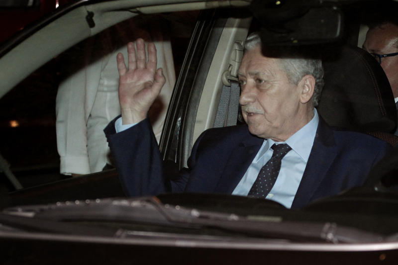 Greece coalition partners pulls ministers