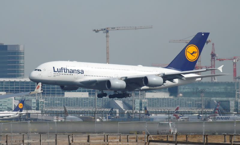 Lufthansa warns of flight cancellations ahead of storm Sabine