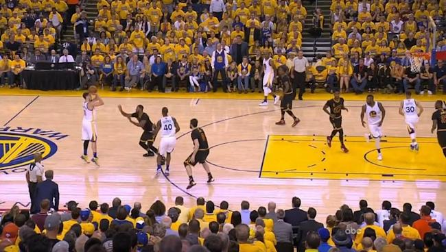 Incredible photo shows Klay Thompson shooting — and making — a shot from a ridiculous distance