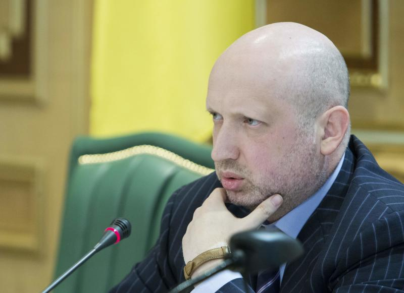 Ukraine's acting president Turchinov chairs a meeting at the presidential administration headquarters in Kiev