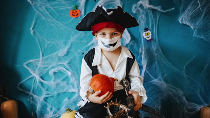 24 creative Halloween costumes kids can wear with masks