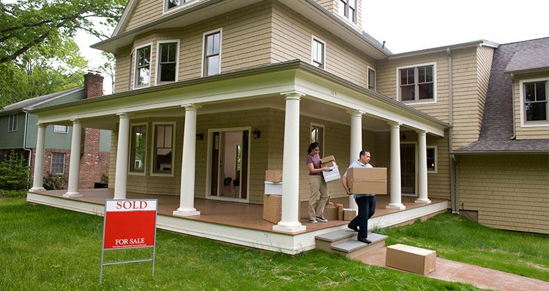 Couple moving out of home   David Sacks/Getty Images