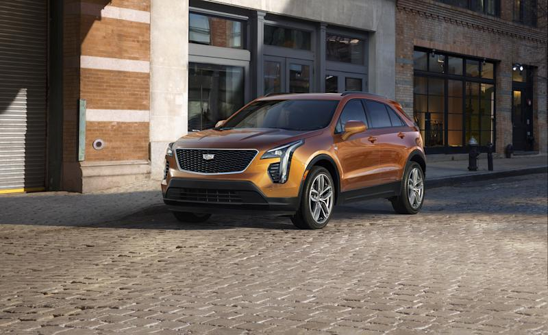 2019 Cadillac Xt4 Finally A Smaller Caddy Crossover