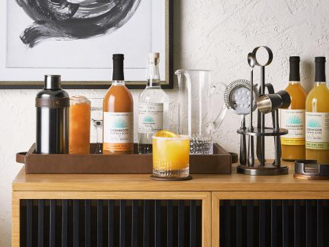 WILLIAMS SONOMA AND CASAMIGOS TEQUILA AND MEZCAL LAUNCH PREMIUM GLASSWARE, BAR TOOLS AND ENTERTAINING ACCESSORIES PERFECT FOR HOME ENTERTAINING