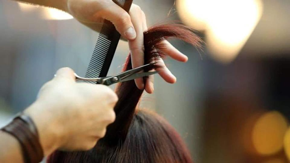 Woman gets Rs. 2 crore compensation for haircut gone wrong