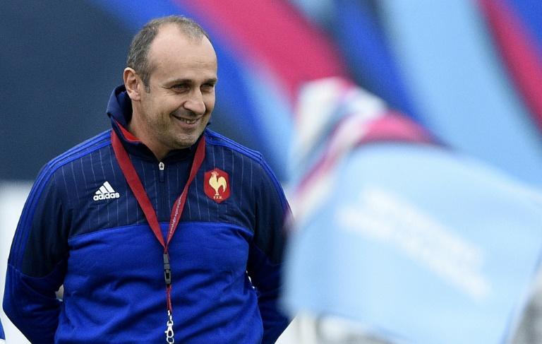 Former France coach Philippe Saint-Andre  is to take over as director of rugby at Top 14 side Montpellier