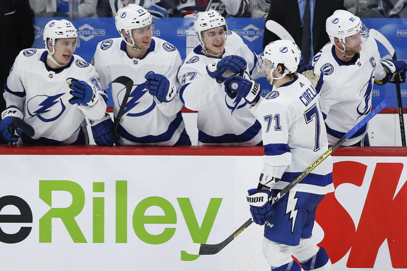 Tampa Bay Lightning's Anthony Cirelli (71) celebrates his hat-trick against the Winnipeg Jets during third-period NHL hockey game action in Winnipeg, Manitoba, Friday, Jan. 17, 2020. (John Woods/The Canadian Press via AP)