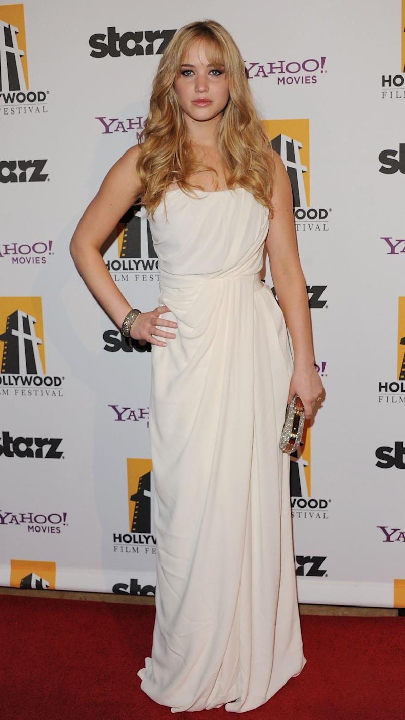The actress arrived to the 14th annual Hollywood Awards Gala in Beverly Hills, California, looking fresh-faced in a Grecian-style Thakoon gown.