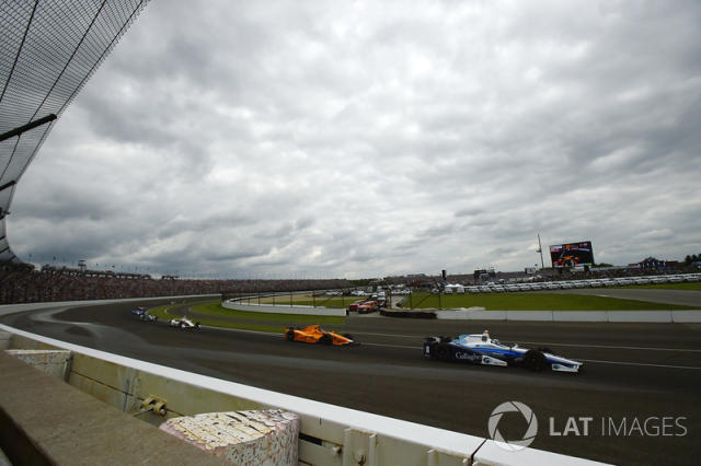 "Max Chilton, Chip Ganassi Racing Honda, Fernando Alonso, Andretti Autosport Honda <span class=""copyright"">Scott R LePage / LAT Images</span>"