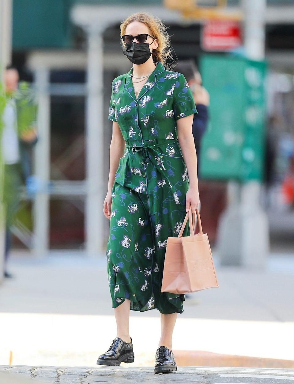 <p>Jennifer Lawrence gets all dressed up for a day of errands in N.Y.C. on Tuesday.</p>