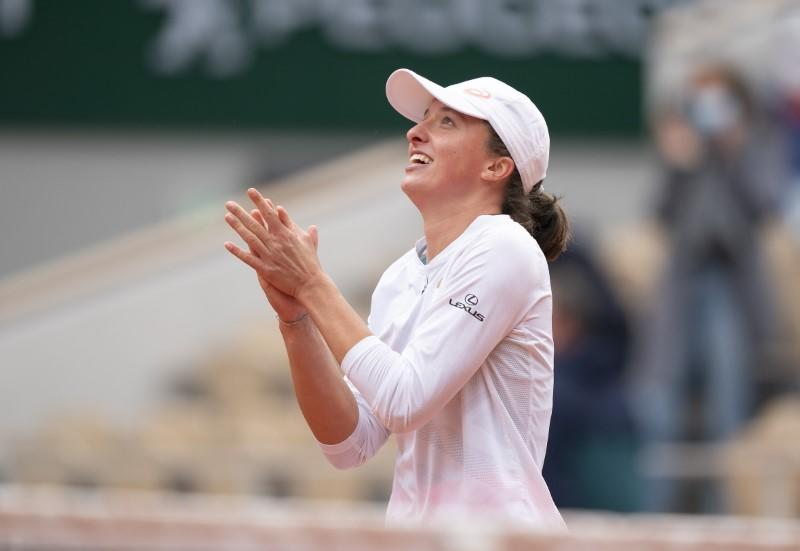 Swiatek won't rest on laurels after French Open triumph, says coach