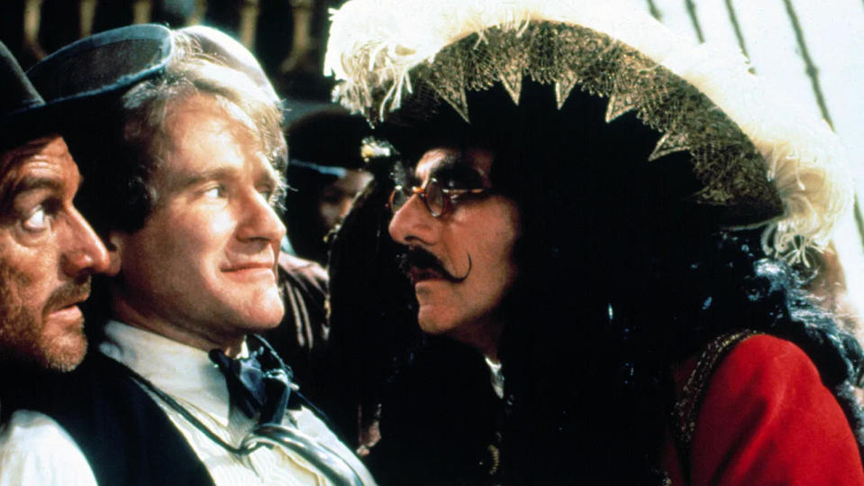 Robin Williams and Dustin Hoffman in 'Hook'. (Credit: TriStar)