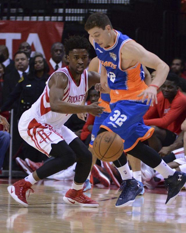 Fredette averages 37 points per game for the Shanghai Sharks. (AP)