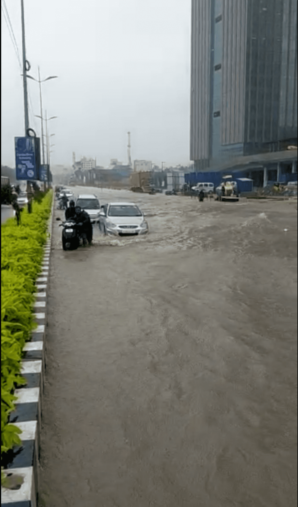 The IT corridor in Chennai has reported waterlogging in several areas.