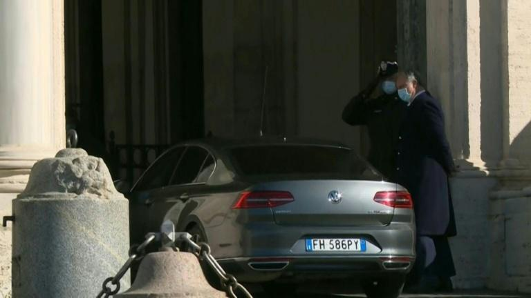 Italian PM Giuseppe Conte arrives at presidential palace to resign