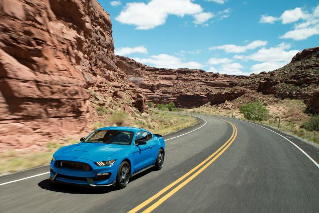 Ford Shelby Mustang GT350 (Credit: Ford)