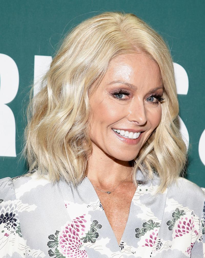 Kelly Ripa Sets the Record Straight With Fans Saying She Got a Nose Job and Veneers