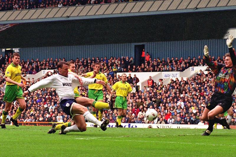Teddy Sheringham steers the ball home against Norwich City on April 17, 1995, to give Spurs a 1-0 victory and ensure Gerry Francis' team finished the season ahead of north London rivals Arsenal, then managed by Stewart Houston Photo: Arnold Slater