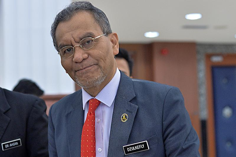 Health Minister Datuk Seri Dzulkefly Ahmad is pictured in Parliament in Kuala Lumpur July 18, 2019. — Picture by Mukhriz Hazim