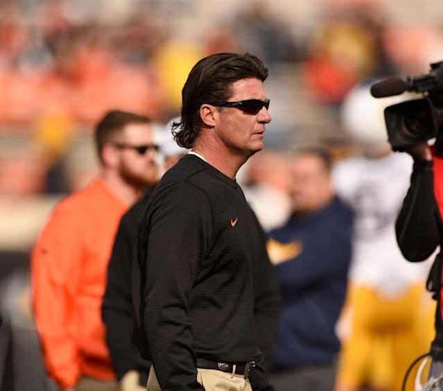 Oklahoma State head coach Mike Gundy got a $675,000 pay raise at the end of the 2017 season. OSU then went 7-6 in 2018. (AP Photo/Brody Schmidt)