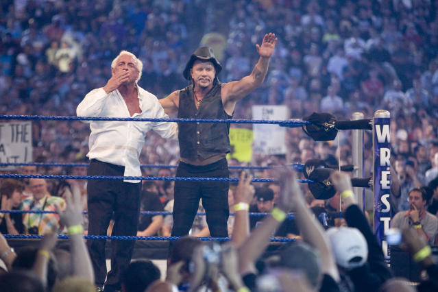 <p>Mickey Rourke bested WWE fighter Jericho in a match that lasted less than a minute. The Wrestler star, 56, was at WrestleMania 25 on April 5 at Reliant Stadium in Houston, in support of friends Ric Flair, and WWE Hall of Famers Jimmy Snuka, Roddy Piper and Ricky Steamboat. World Wrestling Entertainment star Chris Jericho challenged Rourke's pals — WWE Hall of Famers Jimmy Snuka, Roddy Piper and Ricky Steamboat — to a match at the always wild WWE event after Rourke renegged on the duel. HOUSTON, TX. (Bill Olive/Getty Images). </p>