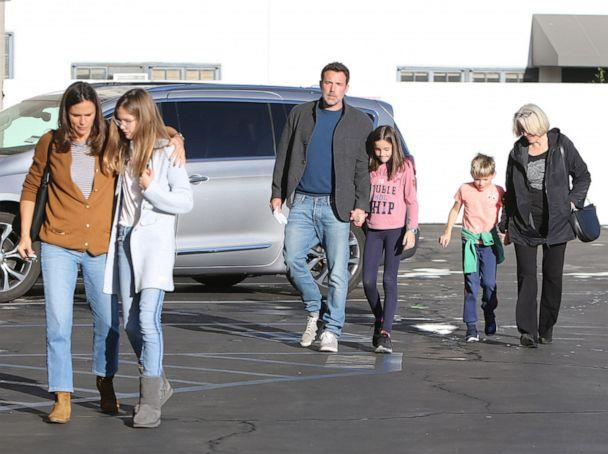 PHOTO: In this undated file photo, Ben Affleck and Jessica Garner are shown enjoying a family day together with their children in Santa Monica, Calif. (ENT/SplashNews via Newscom, FILE)