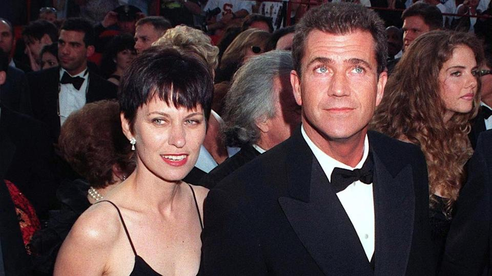 12 of the Most Expensive Celebrity Divorces to Rock Hollywood, 24MAR97: MEL GIBSON & wife at the Academy Awards. Pix: PAUL SMIT