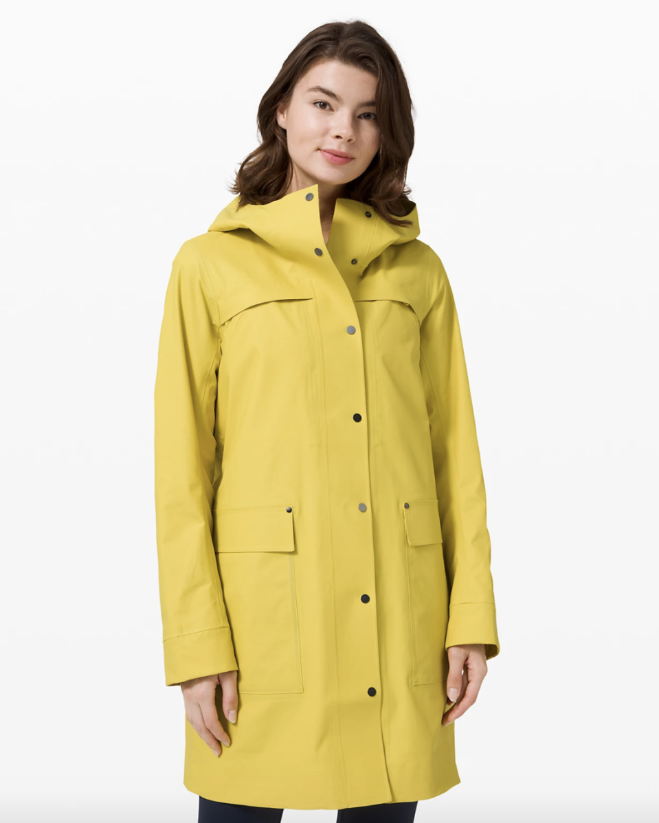 Into the Drizzle Jacket in soleil