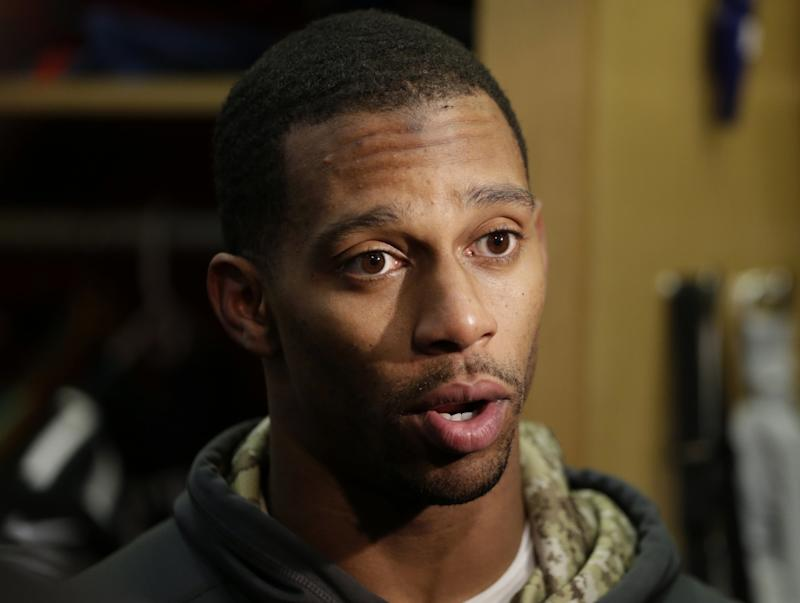 Victor Cruz accused the Giants of negatively impacting his stats last season. (AP)