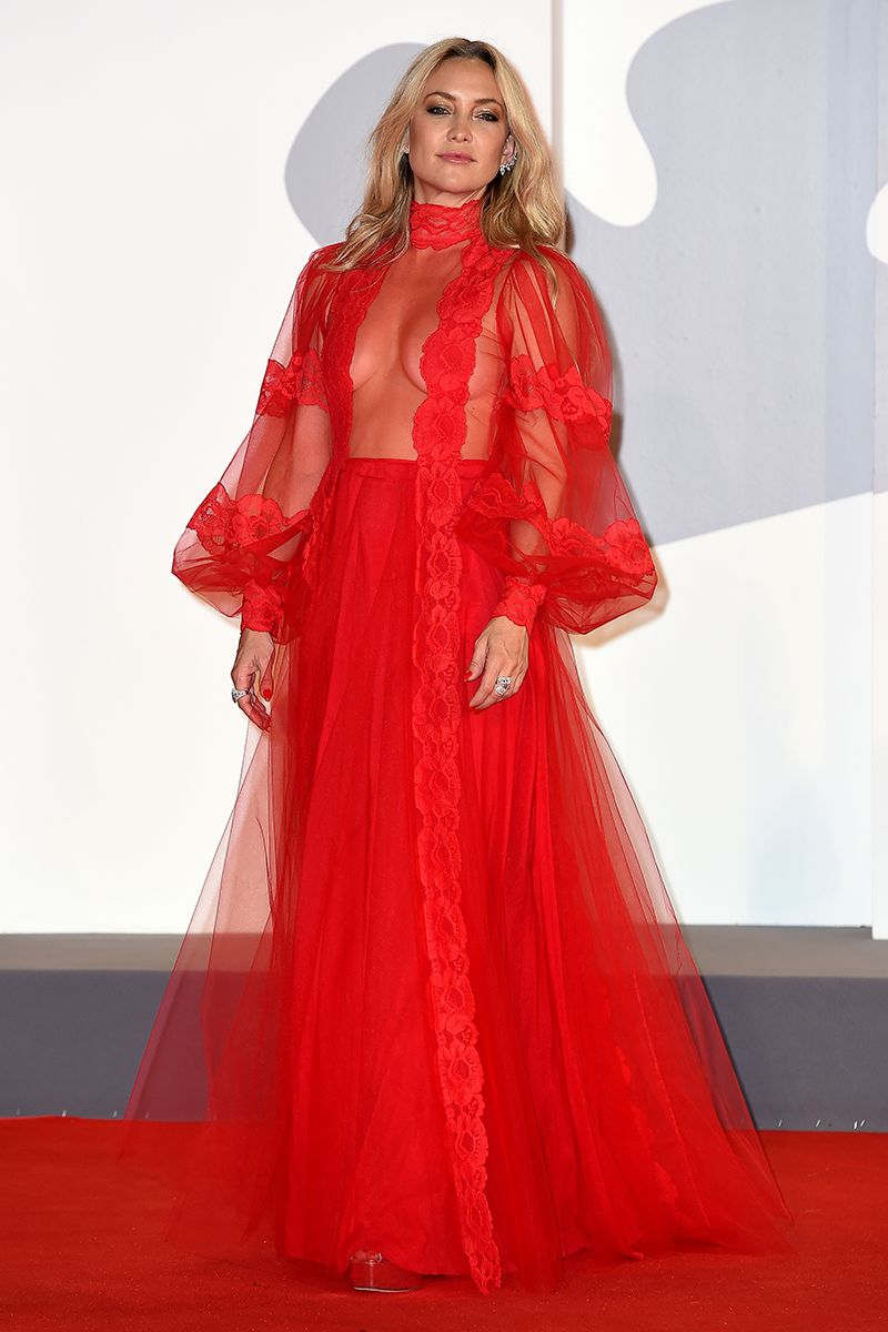 <p>Kate Hudson arrives at the Mona Lisa And The Blood Moon red carpet wearing this eye-catching, sheer Valentino design.</p>