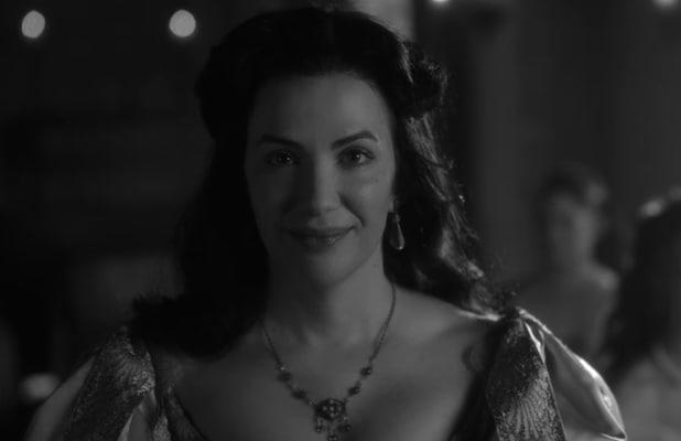 'Haunting of Bly Manor': Kate Siegel Talks 'Perverted' and 'Divine' Loves in Bly's Origin Story