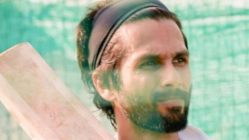 Shahid Kapoor takes Rs. 8 crore pay cut for
