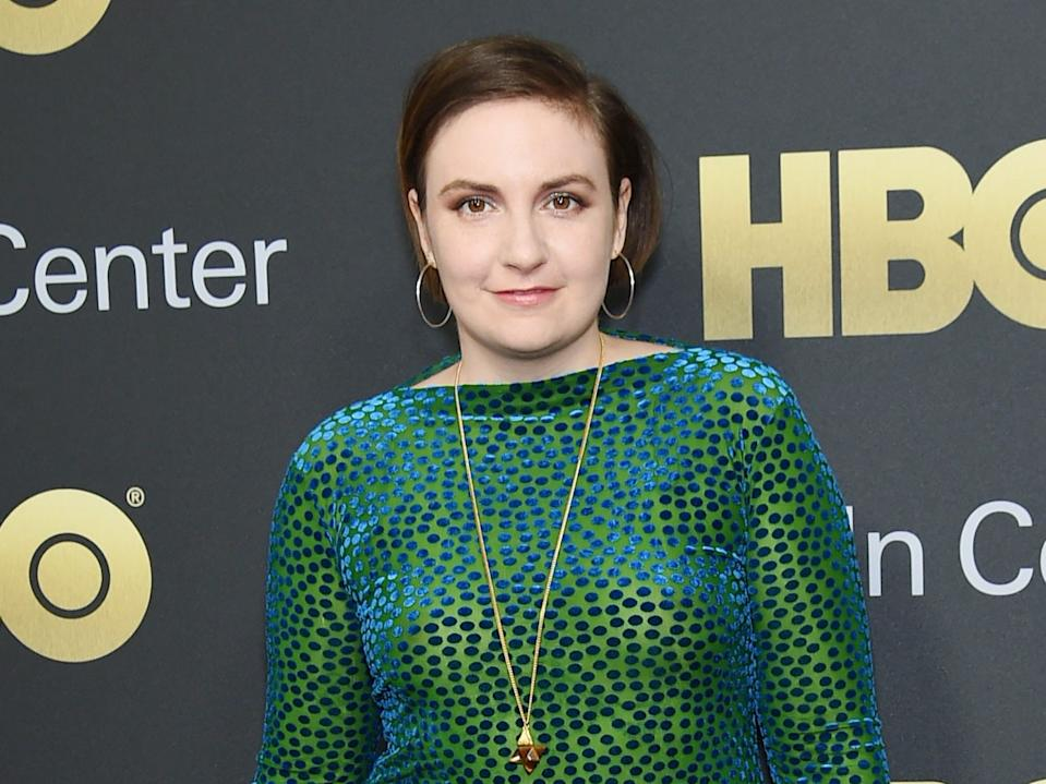 Lena Dunham had the novel coronavirus in mid-March.